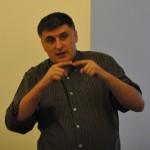 """C.Avramescu: """"…partidele actuale selectează candidaţi după criterii netransparente şi neprofesionale."""""""