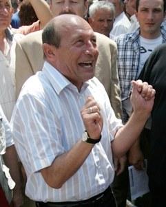 Băsescu are certitudini incerte. Cum poate rămâne suspendat Suspendatul